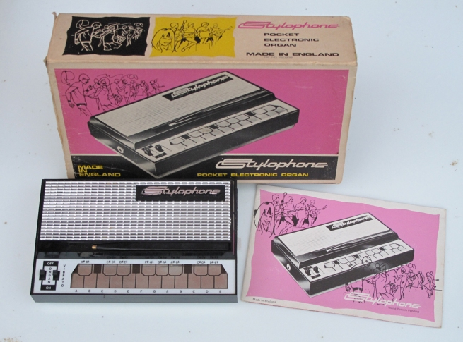 Original Stylophone + box IMG_1035