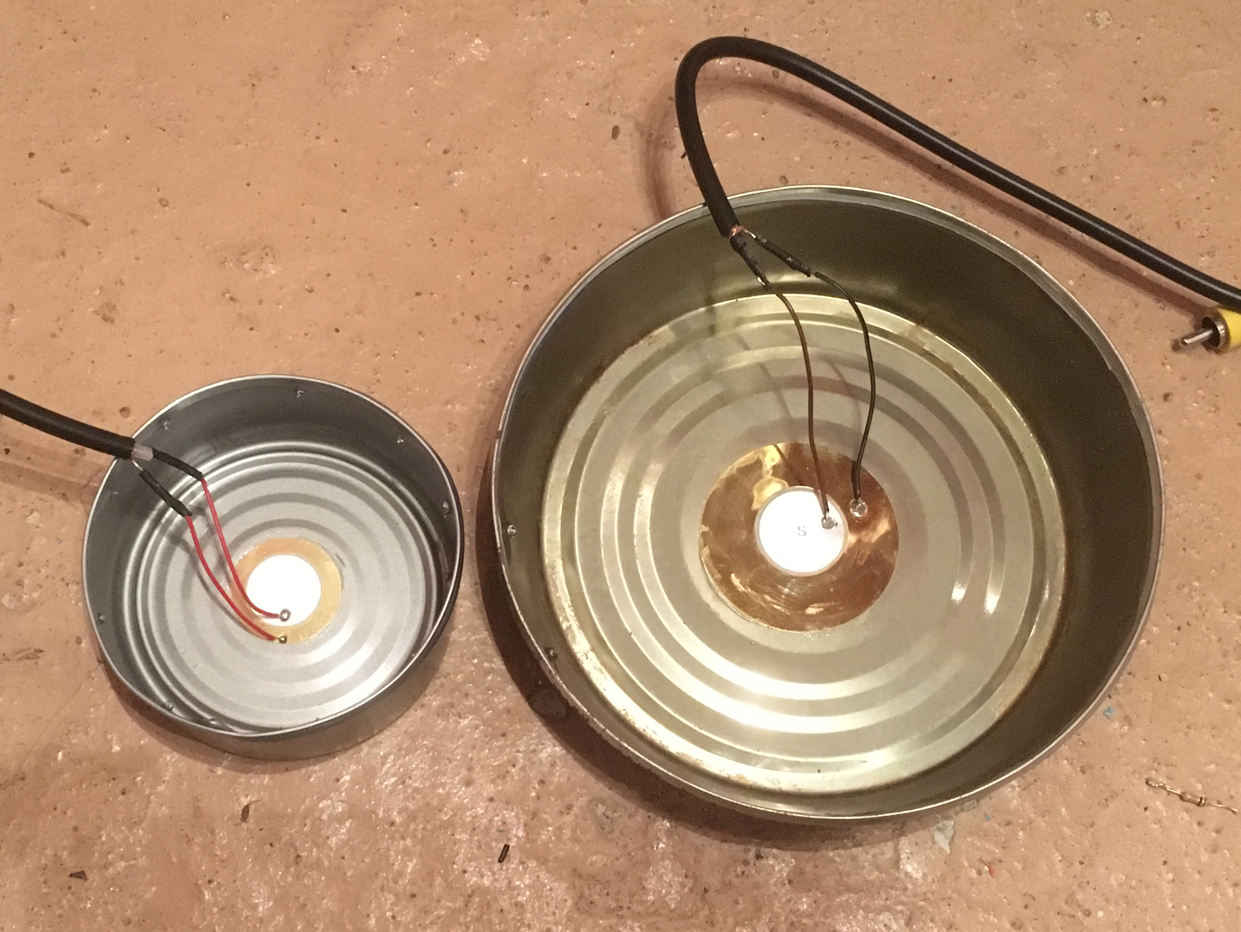 Construction Music Electronics Page 2 Sounder Sensor Trigger Drum Disc Plus Wire Copper Piezo Elements 27mm In Other Words Its Best If The Can Be Glued To Surface I Did This With Some Of Non Valuable Items