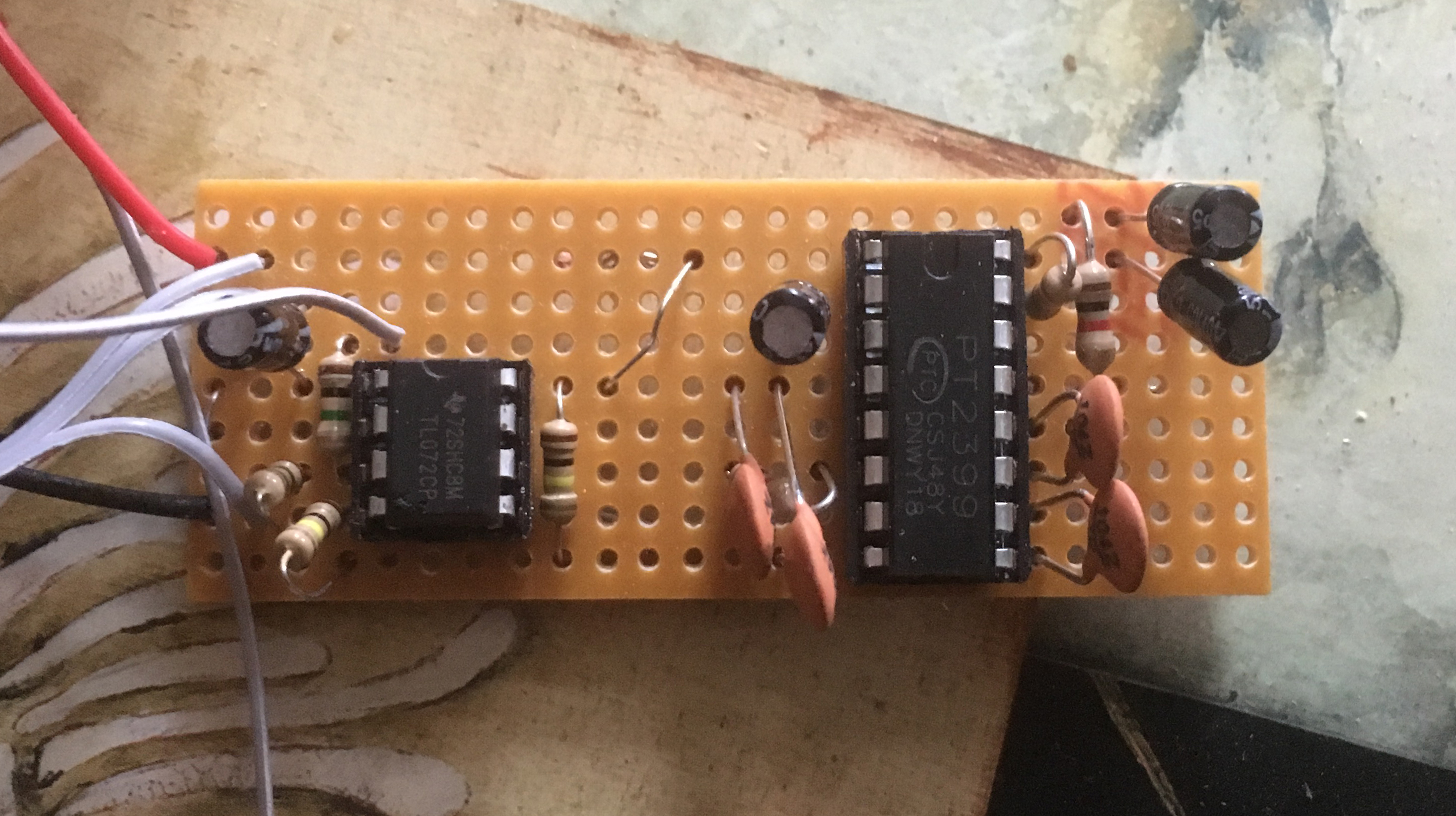 Piezos Electrets Pt 4 Electronics And A Very Simple Pt2399 Echo Circuit I Wanted To Be Able Adjust The Number Of Repeats This Time So Experimented Bit Came Up With Following Development Above